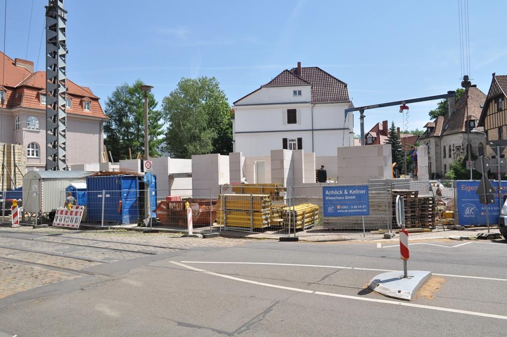 Fortschritt der Bauarbeiten des Mehrfamilienhauses im Dalbergsweg
