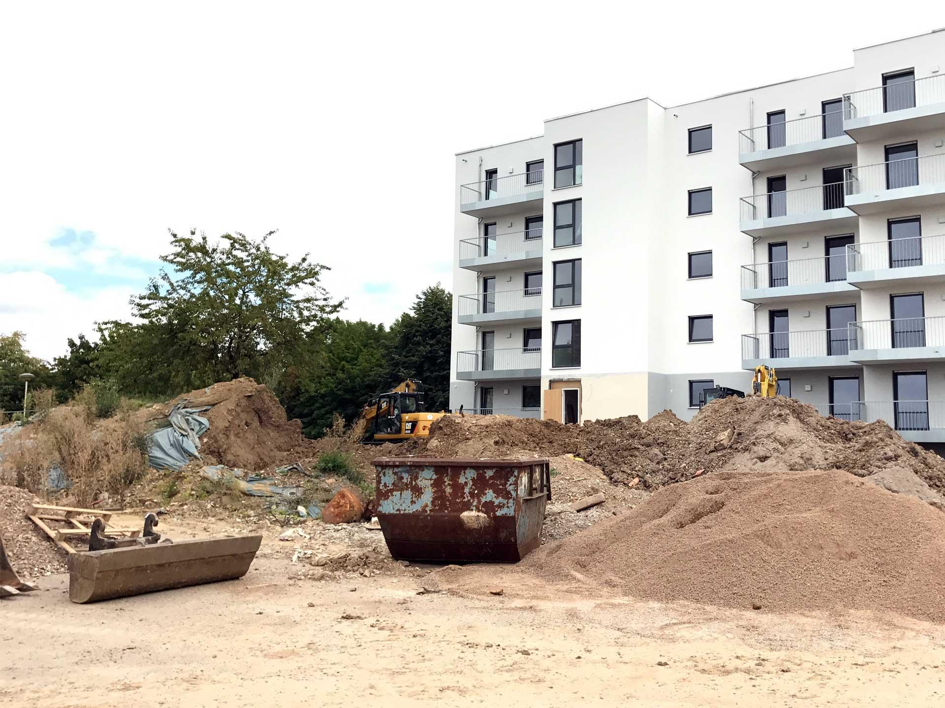 Die Bauarbeiten unseres ersten Mehrfamilienhauses in Erfurt-Süd sind weit fortgeschritten