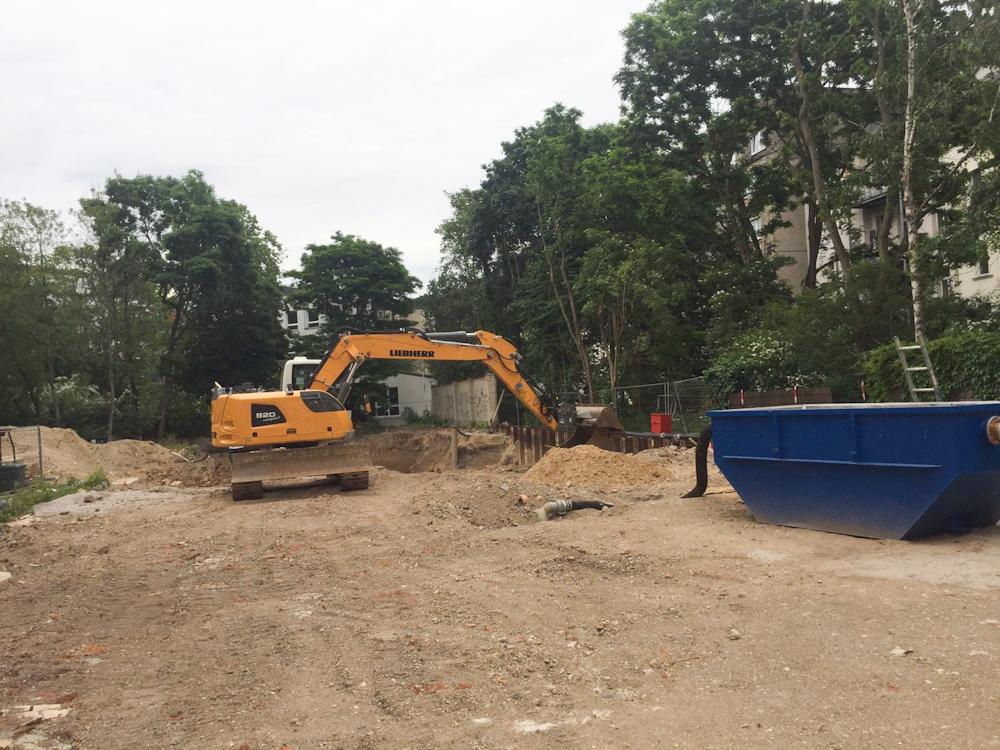 Baugrube ausgehoben für unsere Eigentumswohnungen im Herzen von Leipzig