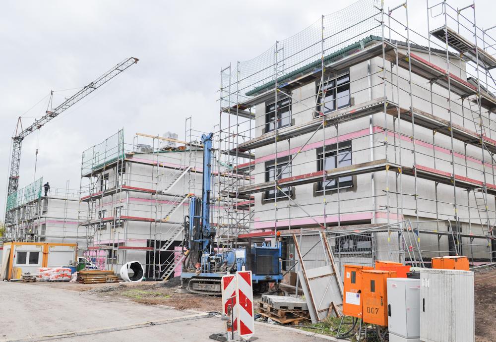 """Baugrundstücke im Gebiet """"Waldblick"""" am Silbergraben von Erfurt werden weiter bebaut"""